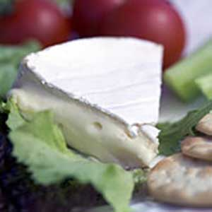 Clava - Organic Scottish Brie - 8.8 oz round